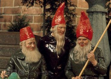 The Gnomes of Dulwich (partially found British sitcom TV