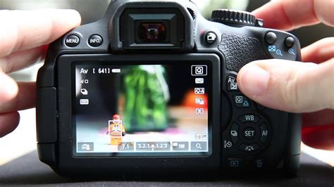 Canon T4i(650D) & T5i(700D) Learning from Live View - YouTube