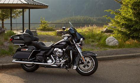 HARLEY DAVIDSON Electra Glide Ultra Classic Low specs