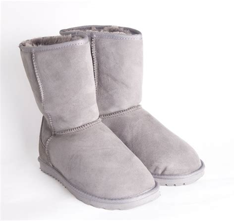 UGG Boots Factory Outlet Stocktake Sale, Up to 60% Off