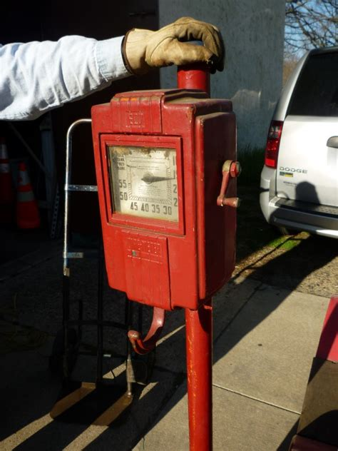 Early Gas Station Eco Air Meter « Obnoxious Antiques