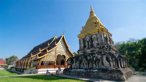 Chiang Mai Temples - Wat Chiang Man | Getting Stamped