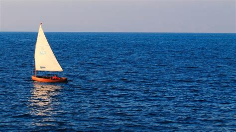 How to navigate using the Sea - The Natural Navigator