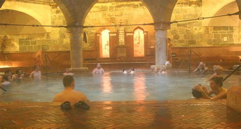 Your Guide To The Bath Houses Of Budapest | Rucksack Ramblings